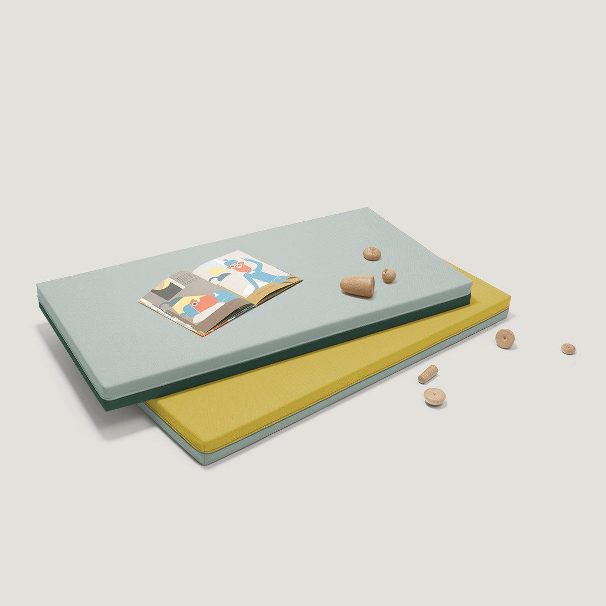 LEVEL play mats