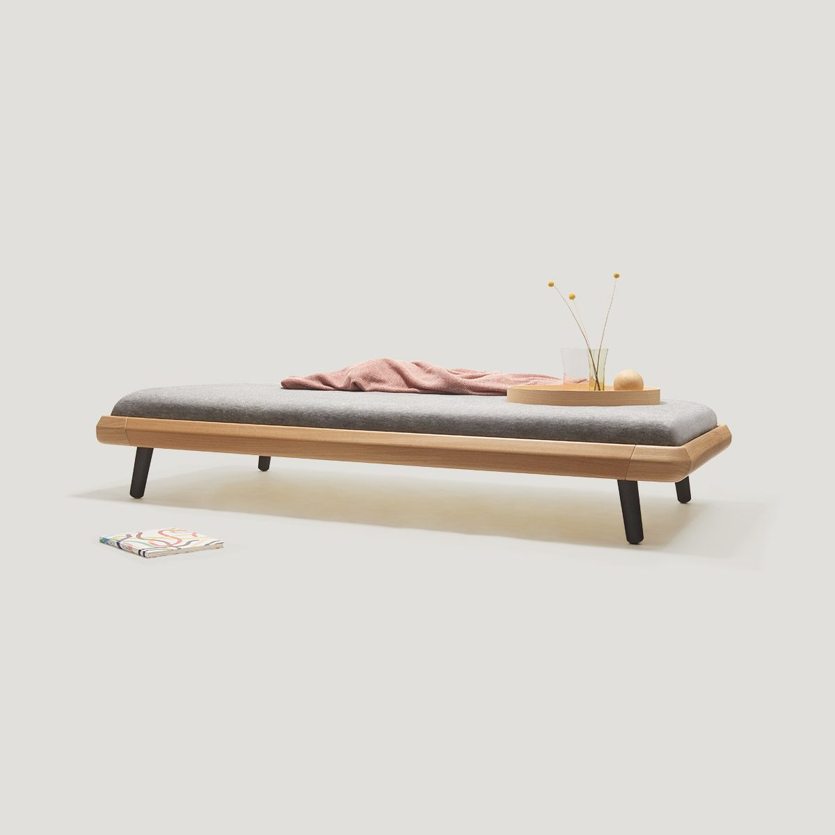 VII frame daybed | made of solid oak
